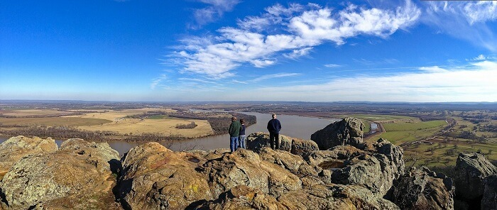 Arkansas fun facts for kids River Valley